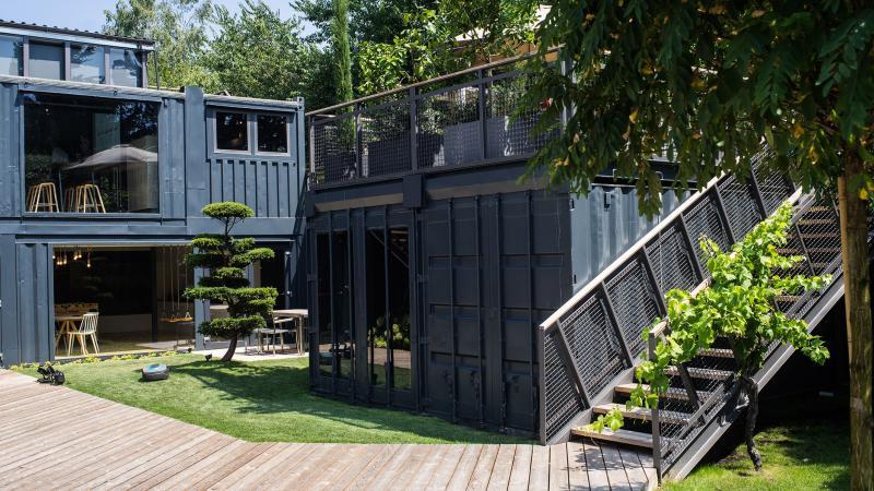 neu das gardena brand center. Black Bedroom Furniture Sets. Home Design Ideas
